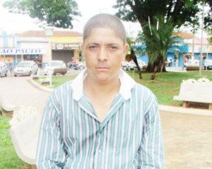 """""""Pode tornar o tratamento dessas doenças mais eficaz, porém, há de se considerar que a nova invenção atenta contra a liberdade do paciente, uma vez que as informações estarão disponíveis na rede"""". Moisés Maurício do Santos, 33 anos"""
