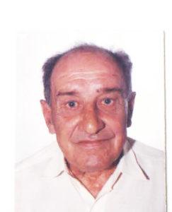 Iderlites Ferreira de Almeida Faleceu dia 27 de dezembro, aos 82 anos, o aposentado Iderlites Ferreira de Almeida, filho de Joaquim de Almeida e Maria Cândida Ferreira de Almeida. São seus irmãos Jayro, Valdomiro, Edna e Evacir (in memoriam)<br>