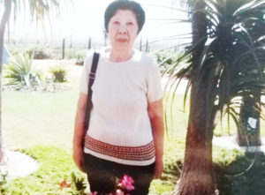 Tokiyo Nakao  Faleceu dia 26 de dezembro, aos 80 anos, Tokiyo Nakao, viúva de Yoshiaki Nakao. Ela deixa os filhos Jorge Nakao, Tomiko Nakao, Terezinha Nakao, Edna Nakao, Roberto Nakao e Marisa Nakao, netos, o bisneto Guilherme e irmãos.<br>