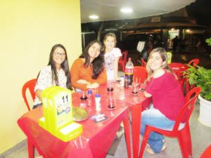 Sílvia Menezes, Laura Menezes  e Júlia Canedo<br>