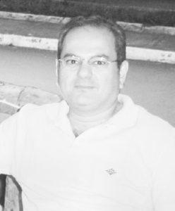 Luiz Miguel Comemora aniversário dia 7  de  agosto, o advogado e professor Luiz Miguel Ribeiro Moysés. Ele recebe os parabéns da esposa, Eloísa da Graça Morando Moysés, dos filhos Flávia e Luiz Alexandre, dos familiares e amigos