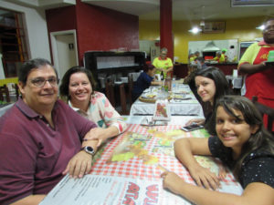 José Mário/Ana Paula Yanosteac,  e as filhas Bruna e Mariana<br>