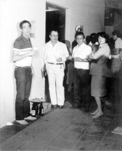 1º Seminário de Irrigação da Alta Mogiana, realizado em 25 de agosto de 1984. (1) o engenheiro Dirceu D'Alckmin Teles, que foi um dos organizadores do evento, (2) o professor José Ferreira de Assis (in memoriam), que também era advogado e foi diretor da Faculdade de Filosofia Ciências e Letras de Ituverava; (3) e (4) o empresário Francisco Mantovani Filho (in memoriam), que na época era presidente da Fundação Educacional de Ituverava e a esposa, a empresária Zélia Queiróz Mantovani