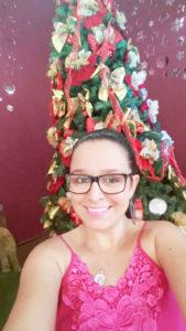 Talita Comemora aniversário dia 5 de dezembro, Talita Gabriele Barbosa Martins. Ela, que  é filha de Regina Aparecida de Almeida Barbosa Martins e Paulo Sérgio Martins, recebe os parabéns dos pais, do irmão João Paulo, da cunhada Júlia Tavares, dos familiares e amigos