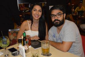 João Victor Okida e a namorada Ana Flávia Moreira