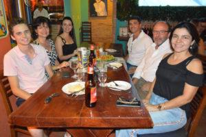 Carlos Eduardo Ribas/Érica Macedo, o filho  Eduardo Ribas, Sérgio Sandoval/Fabiana, e Ândria Macedo