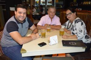 Joel Gonçalves Vianna/Raquel e o filho Yuri