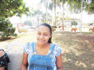 """""""Prefiro não votar e depois justificar meu voto. Infelizmente estou desacreditando na política do nosso País, sinto que de qualquer forma estarei desperdiçando meu voto, portanto, prefiro ficar fora das eleições de 2018"""".  Kelly Silva Carvalho, 21 anos, dona de casa"""