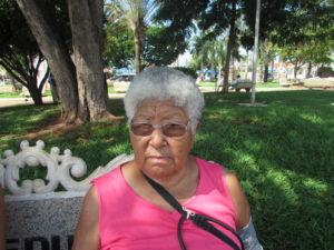"""""""Como idosa, posso garantir que o Estatuto é uma ferramenta importante para todos nós. Portanto, deveria haver maior empenho para que, de fato, garanta nossos direitos"""". Joaquina Martins, 74 anos, aposentada"""