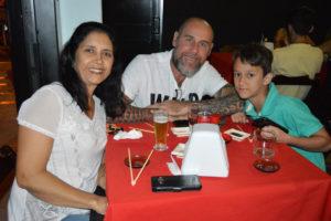 Gilberto Carlos dos Santos/Adriana e o neto Henri de Matos Santos