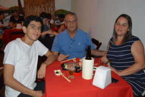 Amadeu Jacovassi/Vânia e o  filho Bruno Camilo Jacovassi