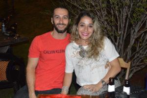 Juliano Henrique e a namorada Aline Santos