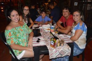 Marcela Silva, Thayná Lopes o irmão Gabriel de Oliveira Lopes e os pais Narciso Lopes e Elisângela Lopes