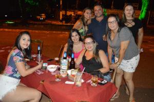 Marilia Cardoso, Ana Lídia Barbosa, Gabriela Rodrigues, que comemorava aniversário, Cláudia Telles, Kellen Rodrigues, Carol Colombino e Rone Passarelli