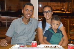 Ezequiel Barbosa/Letícia e o filho Davi