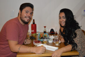 Leonardo Rocha e a namorada Katyussa Tosta
