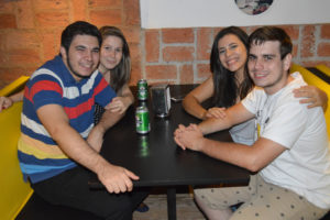 Gabriel Carmo/Marina Arantes, Leonardo Souza e a namorada Myllena Costa