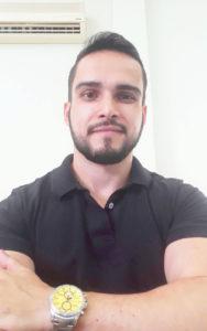 Vitor  Dia 8 de dezembro, comemora aniversário Vitor Chechia Pimentel, executivo da Associação Comercial e Industrial de Ituverava (ACII). Ele recebe os parabéns dos pais Ecyr Pimentel e Cláudia de Mattos Chechia Pimentel, dos familiares e amigos