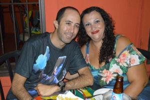 Rafael Brandão e a namorada Viviane Cardoso