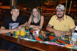 Rodrigo Borges Garcia/ Viviane e o filho Lucas Nogueira Garcia