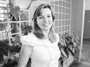 Cláudia Comemora aniversário dia 12 de  fevereiro, a professora Cláudia Gibaile Freitas de Mattos. Ela recebe os parabéns do marido, o empresário Norival Mendonça de Freitas de Mattos, dos filhos Bruno e Ana Beatriz, dos familiares e amigos