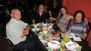 Orlando Benedeti, que comemorava 81 anos de idade, com a esposa Iracema Ferreira Benediti, o filho Jarbas Ferreira Benedeti/Silmara