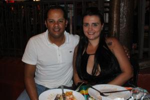 Vinícius Godoy e a namorada Kamila Jacob