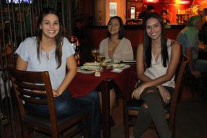 Yasmin Rodrigues, Amanda Nagano e Isabela Santana