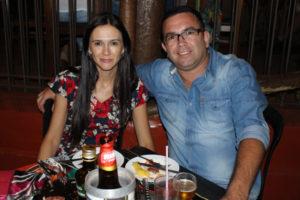 William Fernandes e a namorada Lena Pires