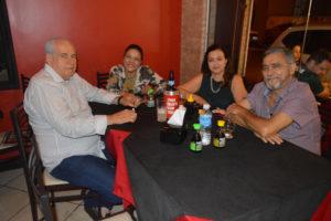 José Divino Pereira/Cláudia e Dr. José Tomazini/Cidinha