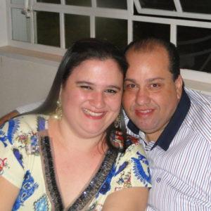 """Poliana Comemora aniversário dia 26 de abril, Poliana Cristina Lima da Silva Santos. Ela recebe os parabéns do esposo, José Augusto Ferreira dos Santos (""""Guto""""), do filho Arthur Augusto, dos familiares e amigos"""