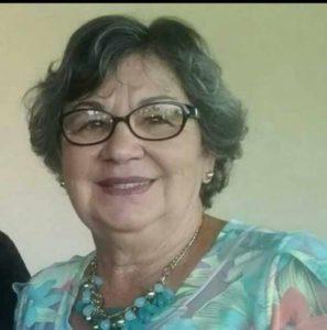 Maria  Comemora aniversário dia 4 de junho,  Maria José Carneiro Vaz. Ela recebe os  parabéns dos filhos, noras, netos,  dos familiares e amigos