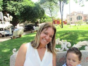 """""""Acredito que o Estatuto, em si, é muito bom para amparar o idoso em questões como saúde e segurança, principalmente. Mas, ainda assim, é importante frisar sobre as enormes falhas que existem nele, como leis que não saem do papel e só tendem a prejudicar quem quer proteger"""". Rosa Maria Moreira Fernandes, 58 anos, farmacêutica"""