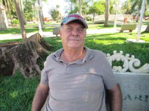 """""""Infelizmente não prático atividades físicas, como a maioria dos brasileiros, que não se preocupa com a saúde. Costumo andar o necessário, mas estou longe de ter uma regularidade na prática de exercícios físicos"""". Celso Ferreira, 61 anos, carvoeiro"""
