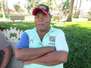 """""""Eu já sofri dois infartos, e minha médica já me alertou para eu exercitar, uma atividade física para ter uma vida saudável. Infelizmente, ainda continuo sendo sedentário, mas tenho consciência que o melhor remédio para minha saúde é a prática esportiva"""".  José Francisco da Silva, 54 anos, aposentado"""