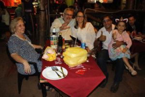 Rogério Cavalari/Núbia, a fihla Laura, a mãe Maria José Cavalari e Fernando Barbosa