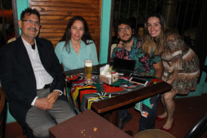 Leandro Barbosa Faria/Cidinha Prado e os filhos Rodolfo e Letícia Prado dos Santos