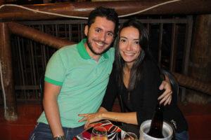 Thiago Quinteiro e a namorada Larissa Castro