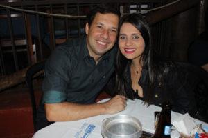 Jonathan Gorricho e a noiva Paula Gabriela da Silva