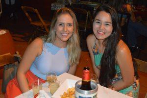 Vitória Garcia e Juliana Nose