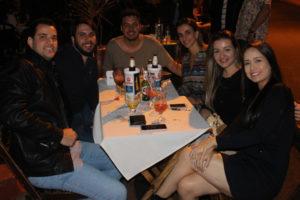 Luís Gustavo Lopes e a noiva Jéssica Duque, Danilo Sliuzas/Nayara, Thiago Menezes e a namorada Liane Luchesi