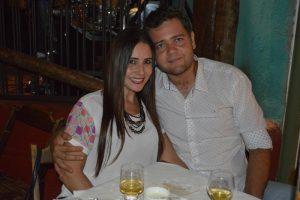 Guilherme Oliveira e a namorada Mariana Tavares