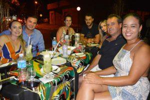 Eduardo Okano e a noiva  Letícia Mattos, Vitor Manfrin/Patrícia  Mattos, Letícia Burin, Osmar Ignácio e a namorada Giulia Souza