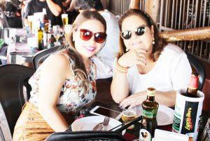 Lucilaine Duarte e a filha Mariana Duarte