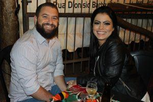 Wilson Romão e a namorada Lisandra Barbosa
