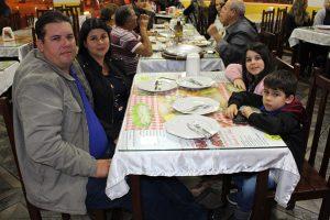 Whigor Polo/Milene com os filhos Larissa e Leonardo Polo