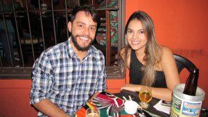 Matteus Franco e a namorada Bruna Gutierres