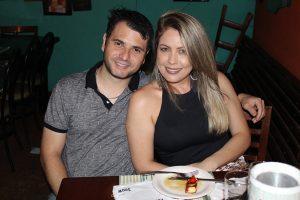 Ricardo Moreira e a namorada Fátima Souza