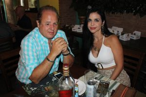 Guilherme Chavaglia e a namorada Anne Almeida