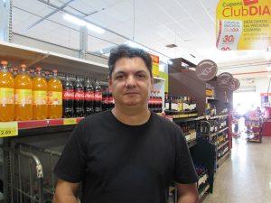 """""""Não possuo esse hábito, porém, imagino que os impostos devem ser bastante elevados em relação a cada produto específico, como, por exemplo, bebida alcoólica, que é um dos produtos com maior imposto embutido. Na correria do dia a dia, esse detalhe de analisar impostos passa despercebido"""".    Edson Rodrigues da Cunha, 41 anos, Policial Militar"""